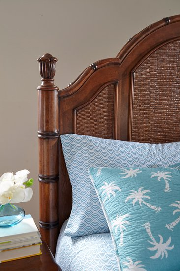 Isle Of Palms Bed Detail